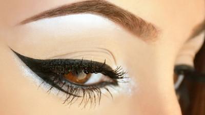 Μακιγιάζ: Τέλεια γραμμή eyeliner