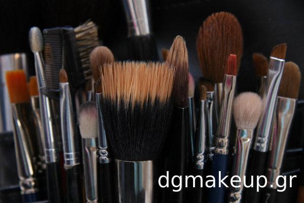 Πινέλα Μακιγιάζ: Με συνθετική ή φυσική τρίχα; Τι να επιλέξω κ γιατί;